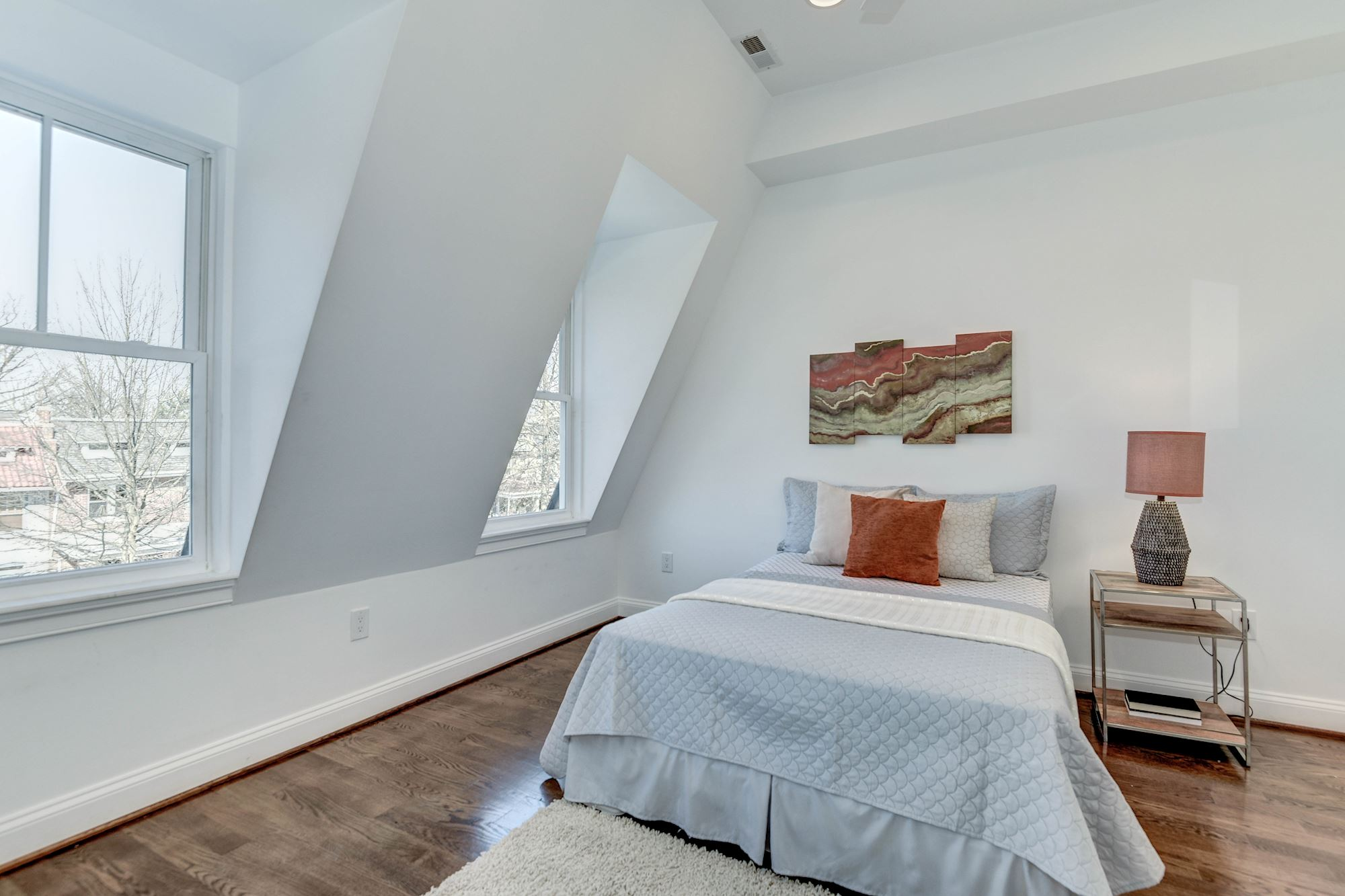 Two bedroom columbia heights unit with programmable heated bathroom - Bright Cheery Character Filled Bedroom