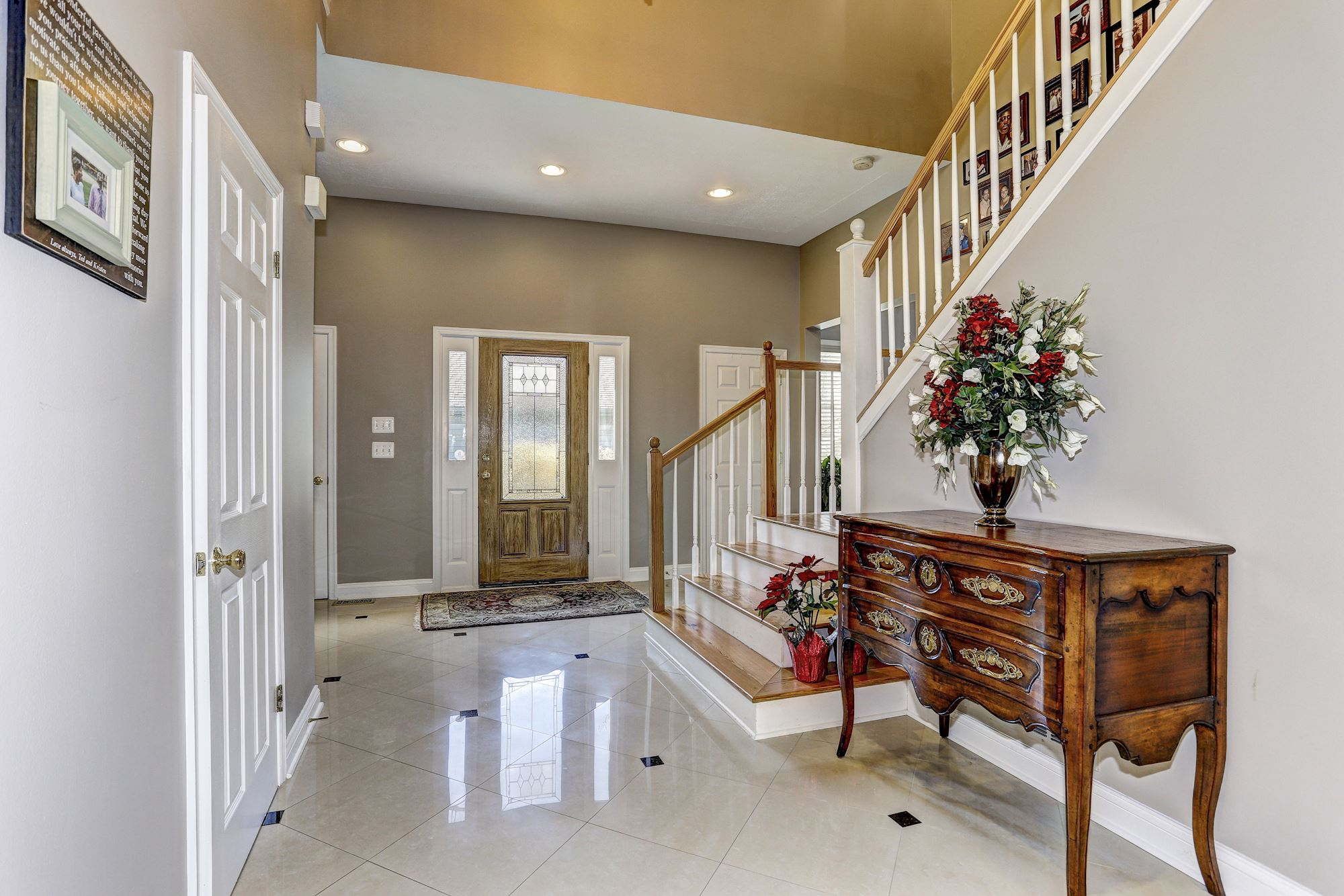 Grand Foyer Xl : Broadview ln annapolis md
