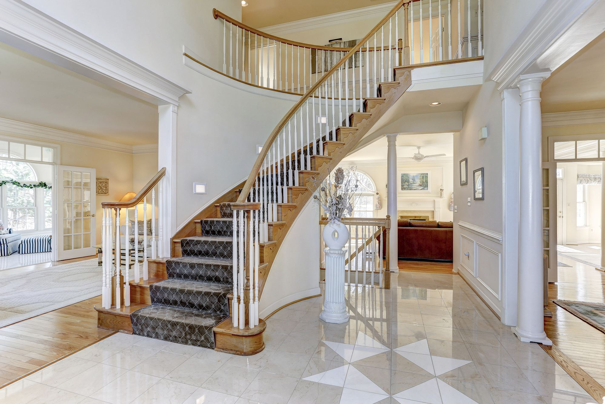 Grand Foyer Xl : Gold mine rd brookeville md