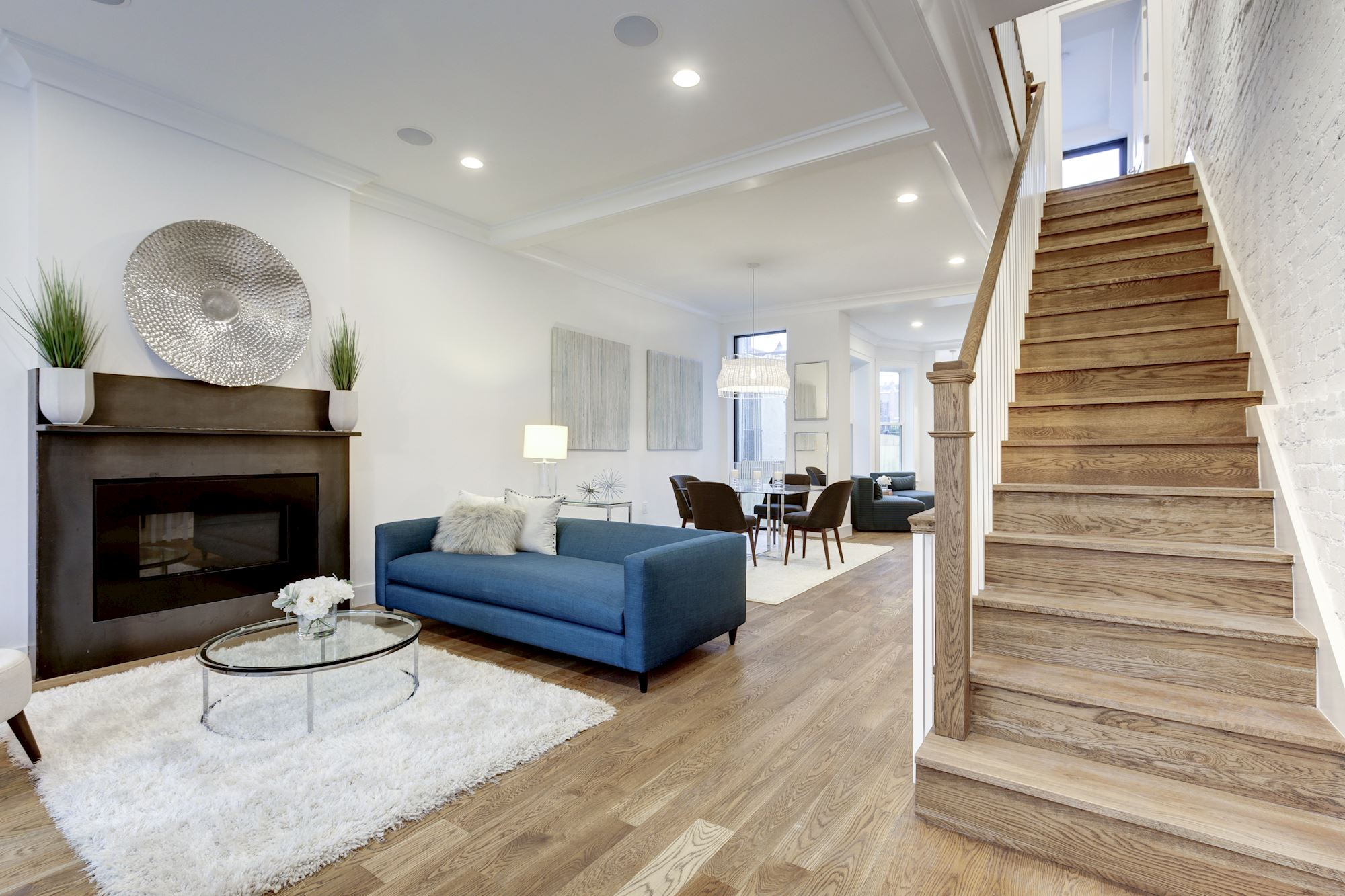 Justin Cook Presents 1831 5TH ST NW WASHINGTON DC 20001