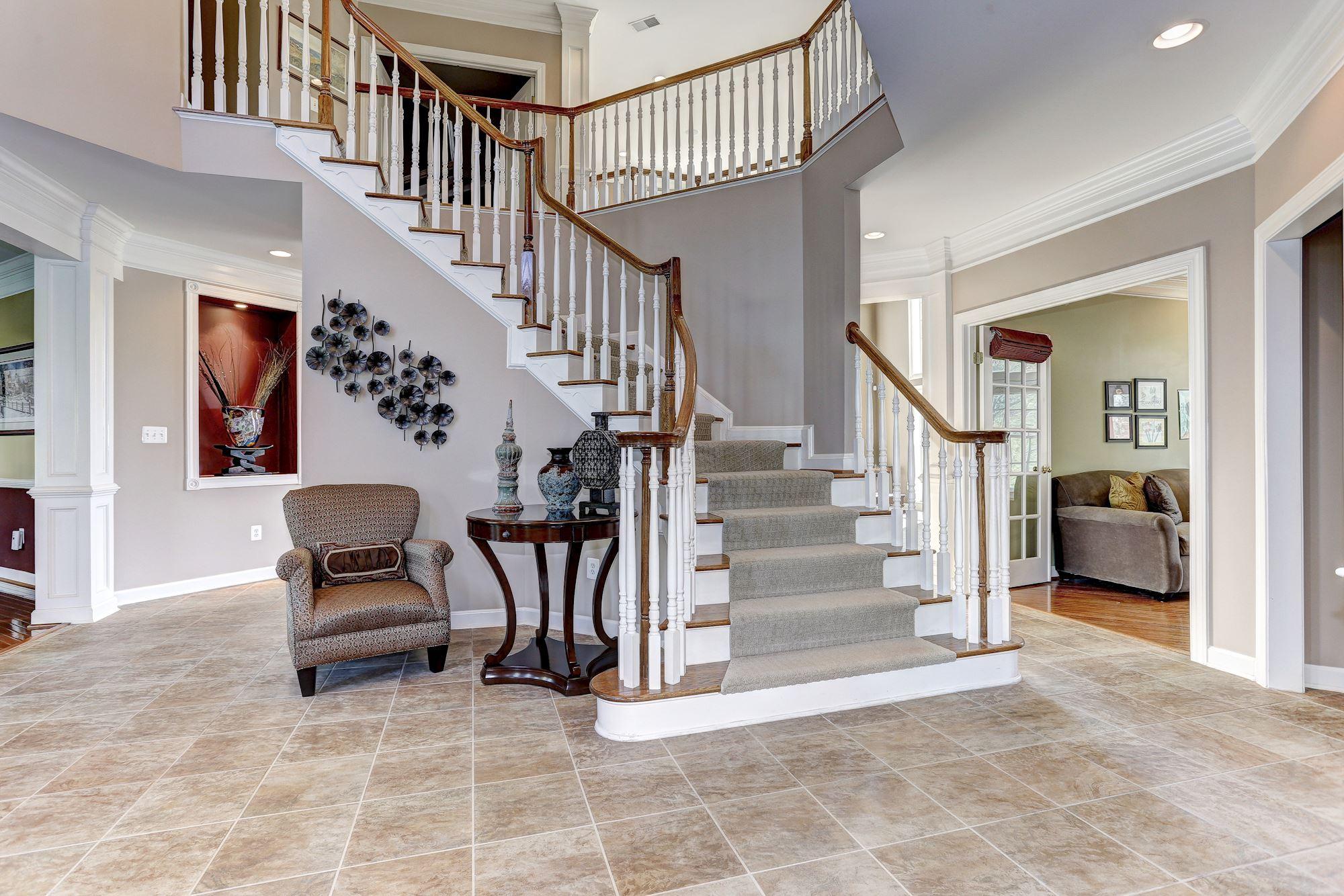 Grand Foyer Xl : Westcott pl clarksville md