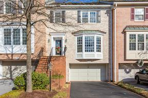 8311 TURNBERRY CT