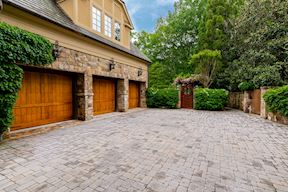 8417 BROOKEWOOD CT