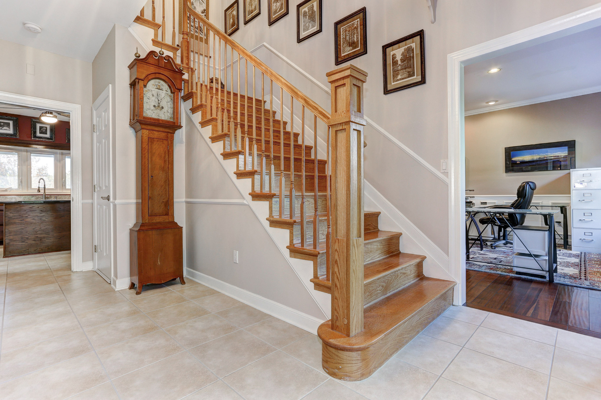 House Foyer Xl : Mayberry rd westminster md