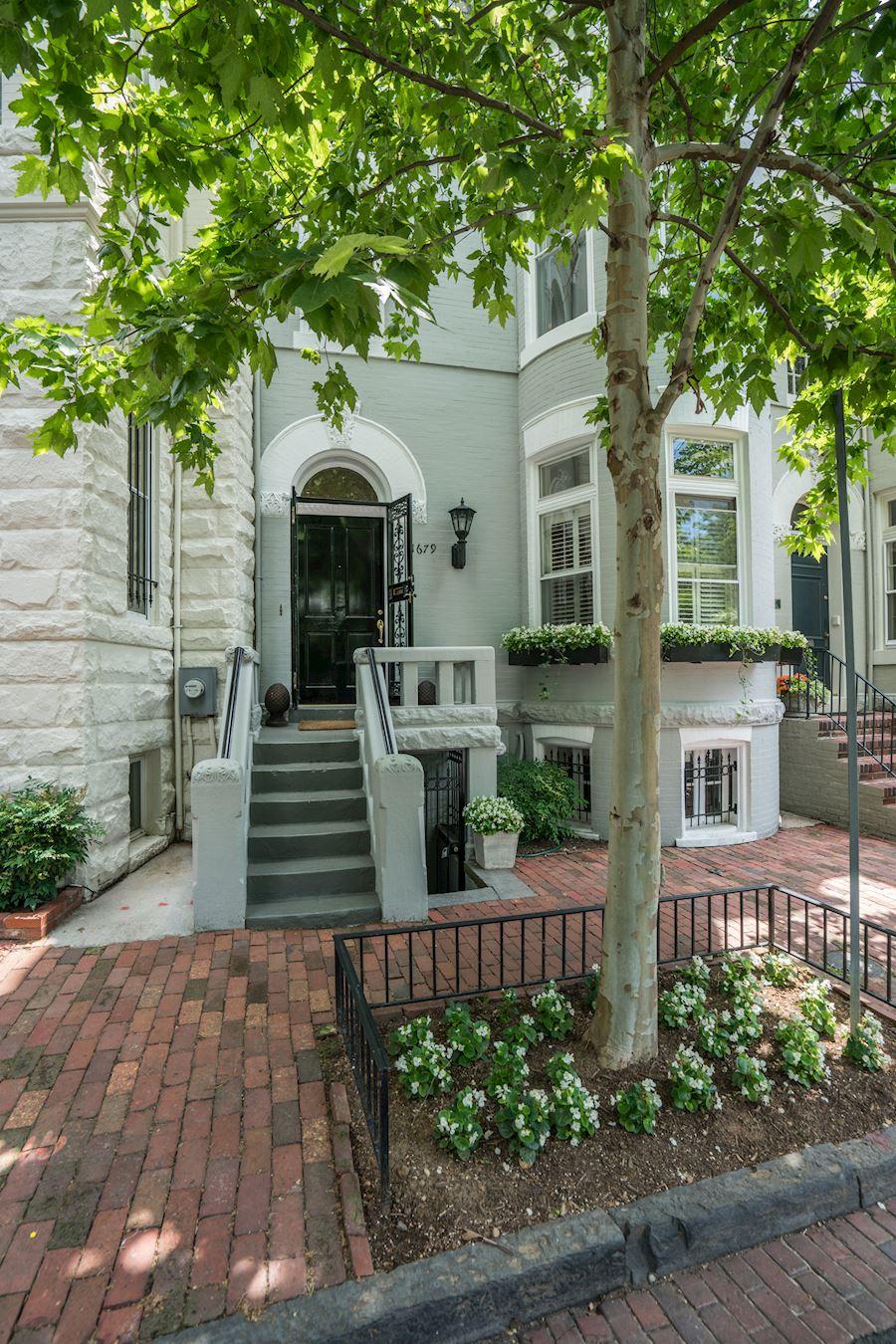 1679 31st St Nw, Washington, DC - USA (photo 1)
