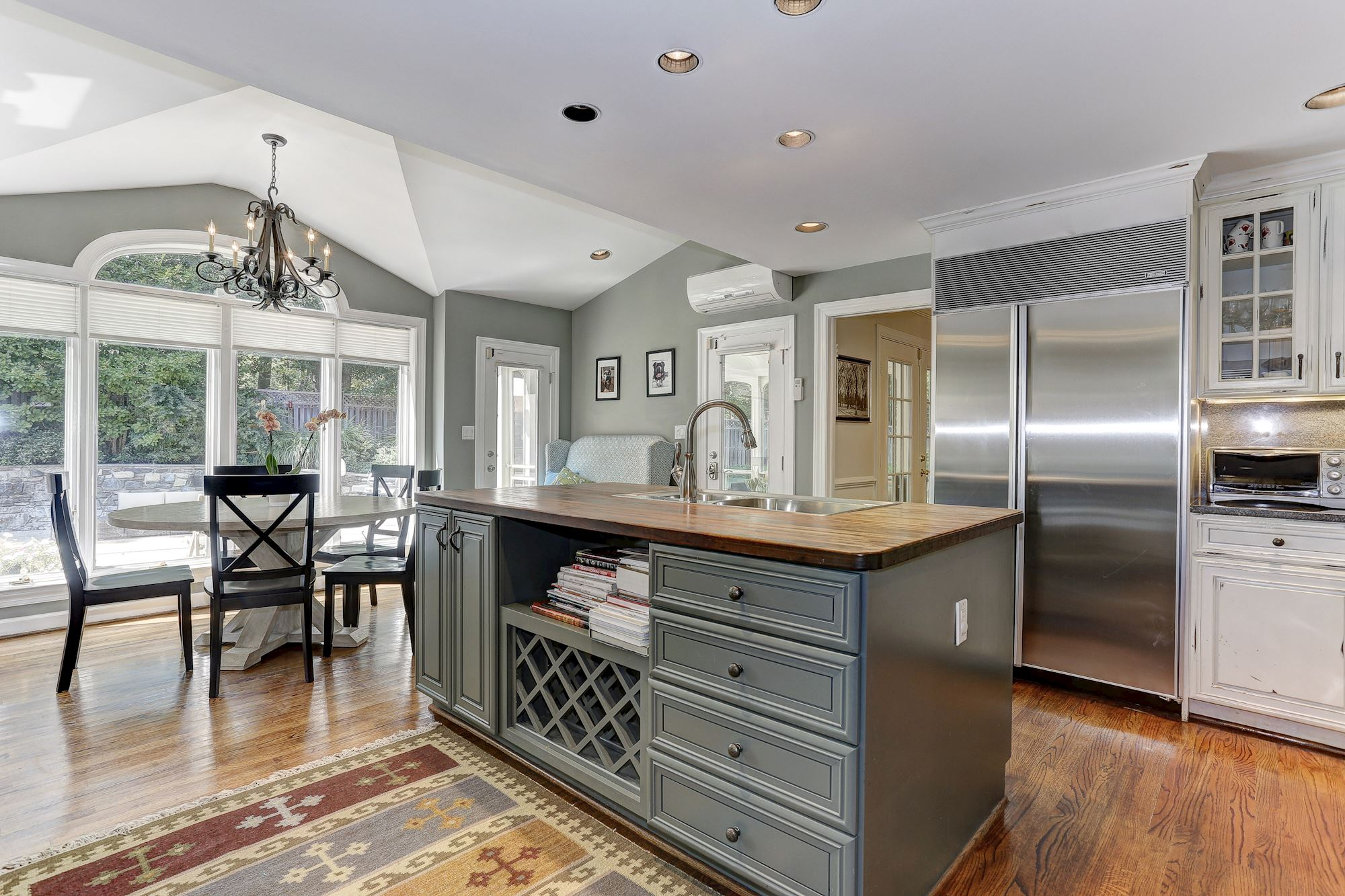 Gorgeous Kitchen Renovation In Potomac Maryland: 6 SPRINKLEWOOD CT, POTOMAC, MD 20854