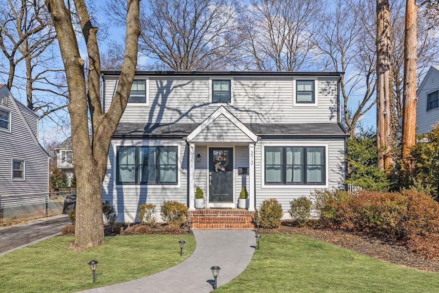 373 Deerfield Street, Ridgewood, NJ 07450