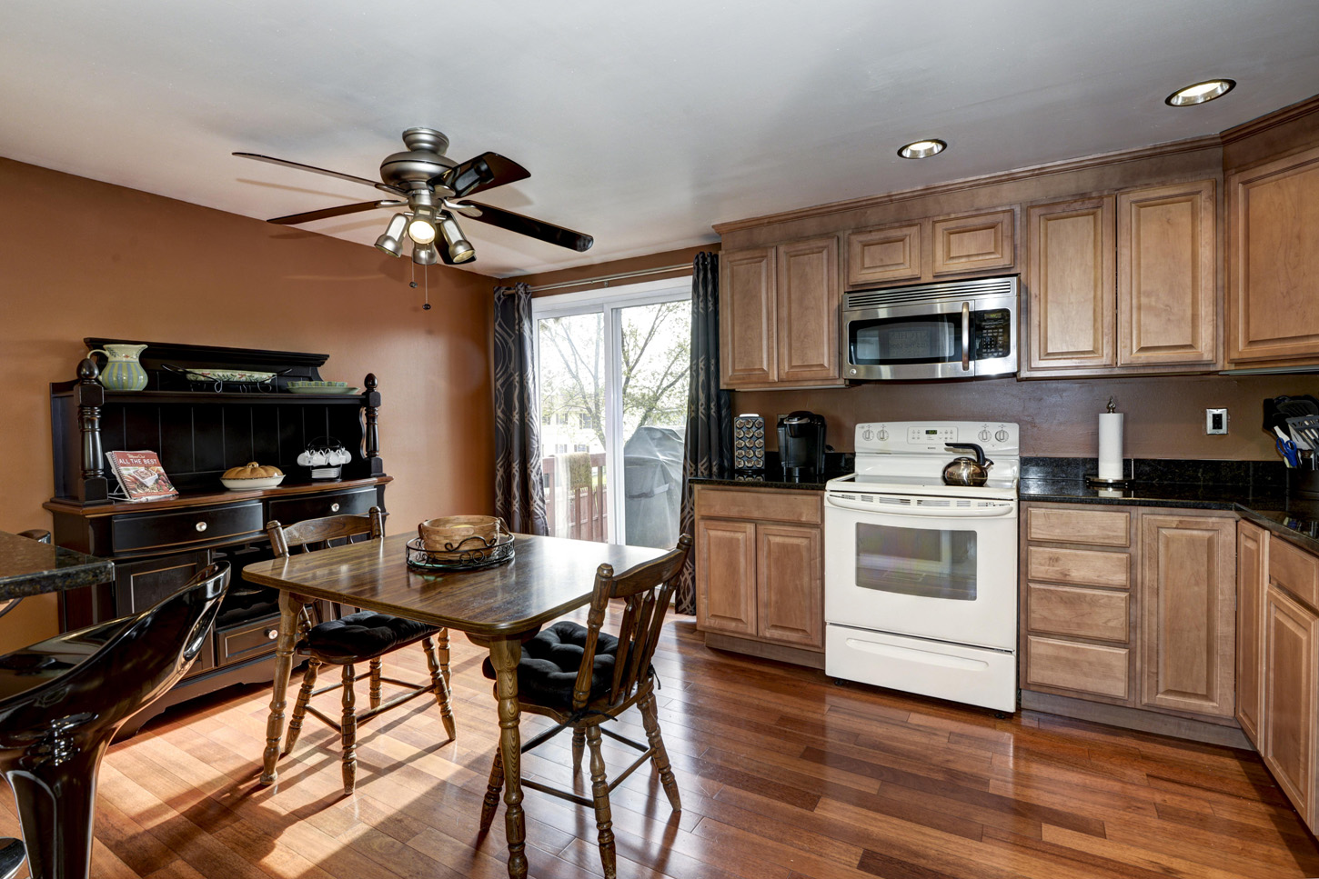 HOMEVISIT VIRTUAL TOUR 426 MARYLAND AVE CATONSVILLE MD