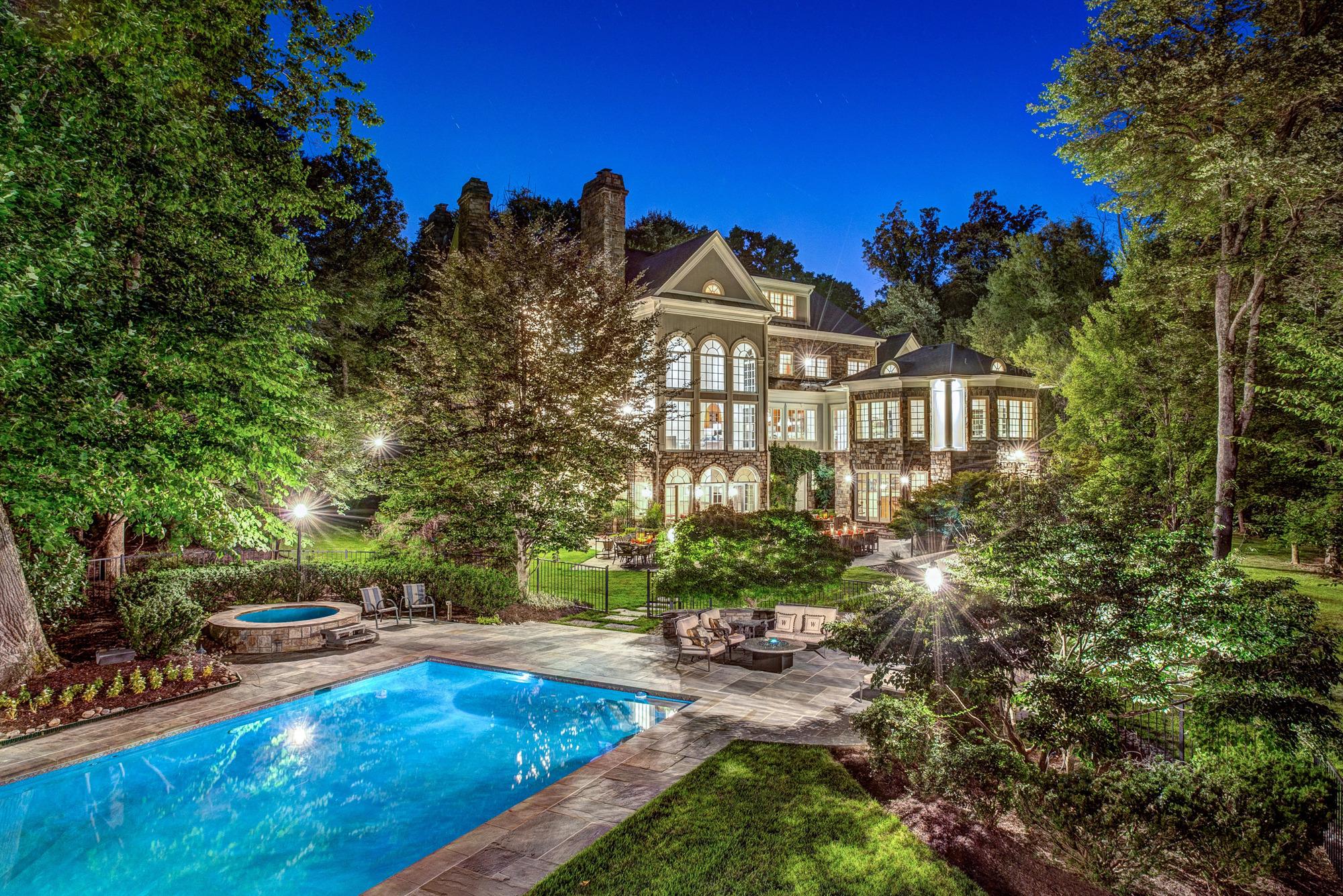 Real Estate Floor Plan Homevisit Virtual Tour 558 Innsbruck Ave Great Falls Va